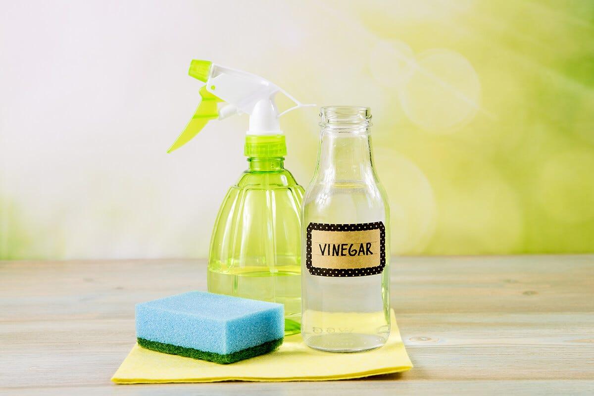 Vinegar For Label Removal
